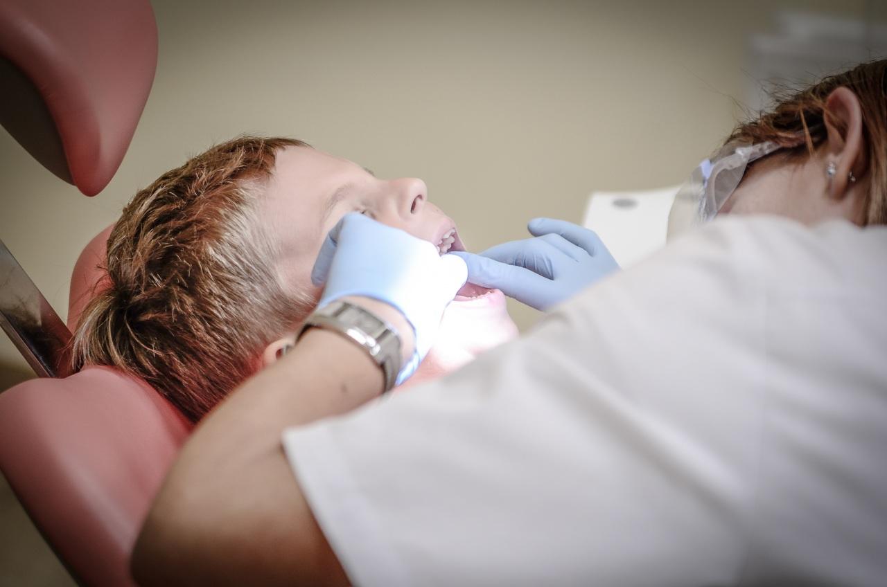 Le salaire d'un(e) dentiste